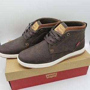 Levi's NIB goshen wax coated brown high sneaker